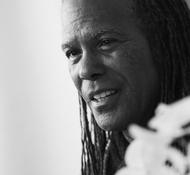 A great way to start the day - interview med Michael Beckwith